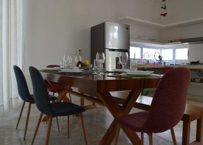 comedor-y-cocina-en-casa-paraíso-en-puerto-morelos
